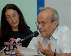 Denuncian silencio mediático sobre el caso de cinco antiterroristas cubanos presos en Estados Unidos